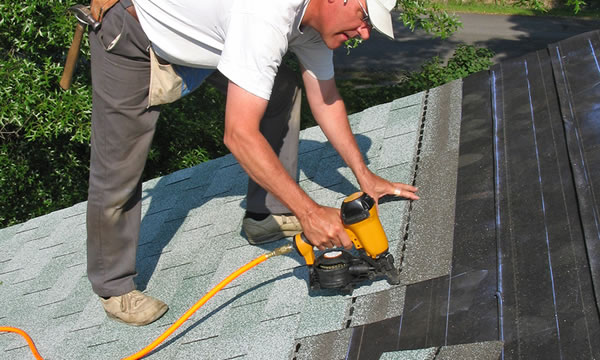 Asphalt Roofing Repair and Replacement in Genesee County Michigan
